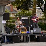 Concert cet après-midi sur le parvis du théâtre avec les groupes Pneu, Marvin, Electric Electric et Papier Tigre 10