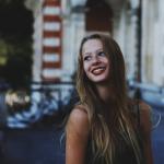 Le Blog de @chloldn , une orléanaise de 19 ans qui mélange photographie de portrait, typographie, mode et plus encore, tout ceci avec bon goût. 4