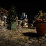 Photos de nuit autour de la Place de l'Étape avec notamment l'hôtel Groslot et le Cathédrale Sainte-Croix. 1