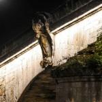 Aviez-vous déjà remarqué cette sculpture côté est sur le pont Georges V ? 1