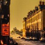 Images du passé et du présent : la rue Royale à hauteur du Châtelet à presque 30 ans d'écart. 1