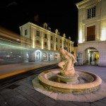 La baigneuse du sculpteur Paul Belmondo que l'on peut admirer rue Royale 1