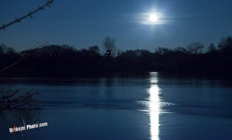 [OrléansPhoto] Levé de pleine Lune sur la Loire 1