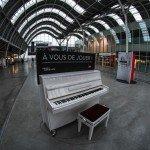 Ma photo du jour : envie d'une leçon de piano à la gare d'Orléans ? 1
