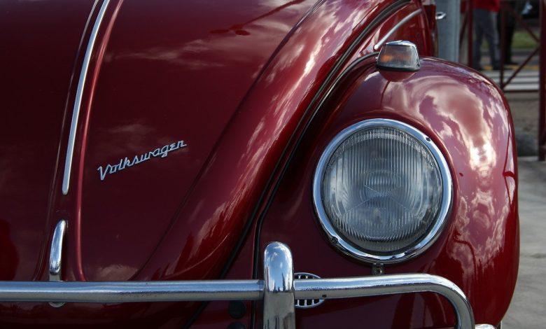 Amateurs de belles voitures ? 1