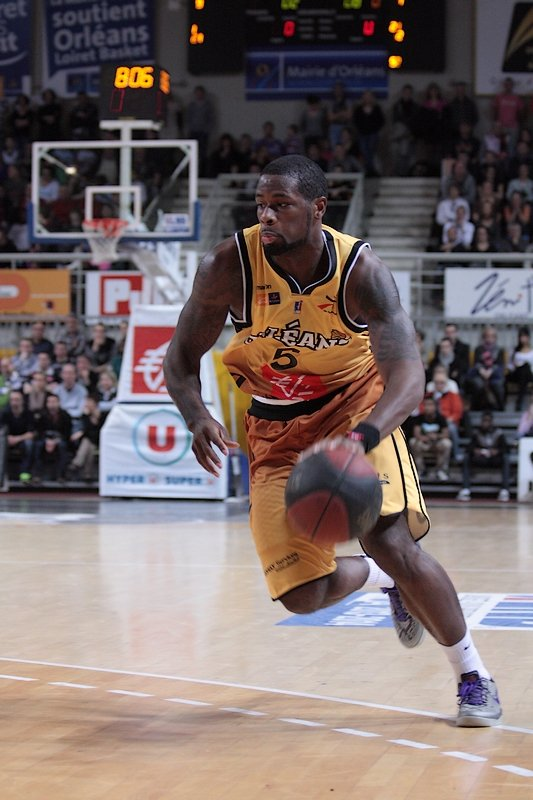 [Basket] : David Noel prolonge son contrat d'une année à Orléans 7