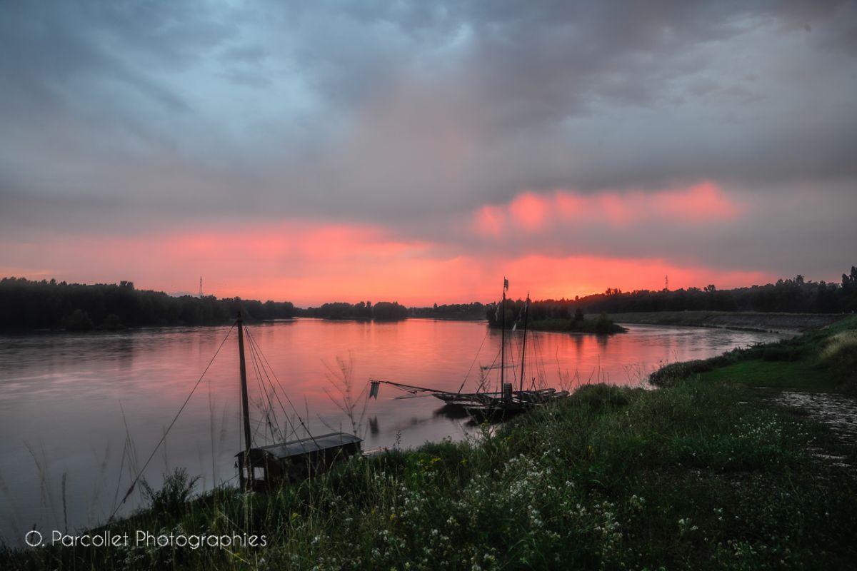 Images du jour : somptueux coucher de soleil sous les orages 15