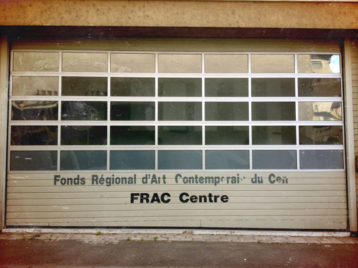 FRAC orléans rue de la tour neuve