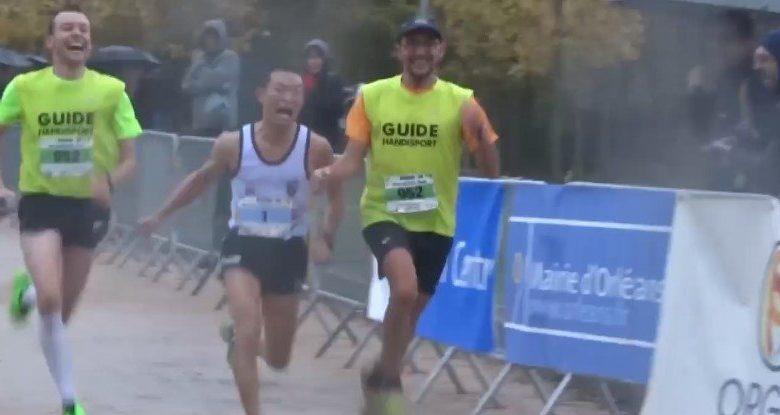 Nicolas Bompard, non voyant et 3ème du Marathon d'Orléans 1