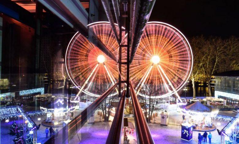 Photos du jour : reflets de grande roue 1