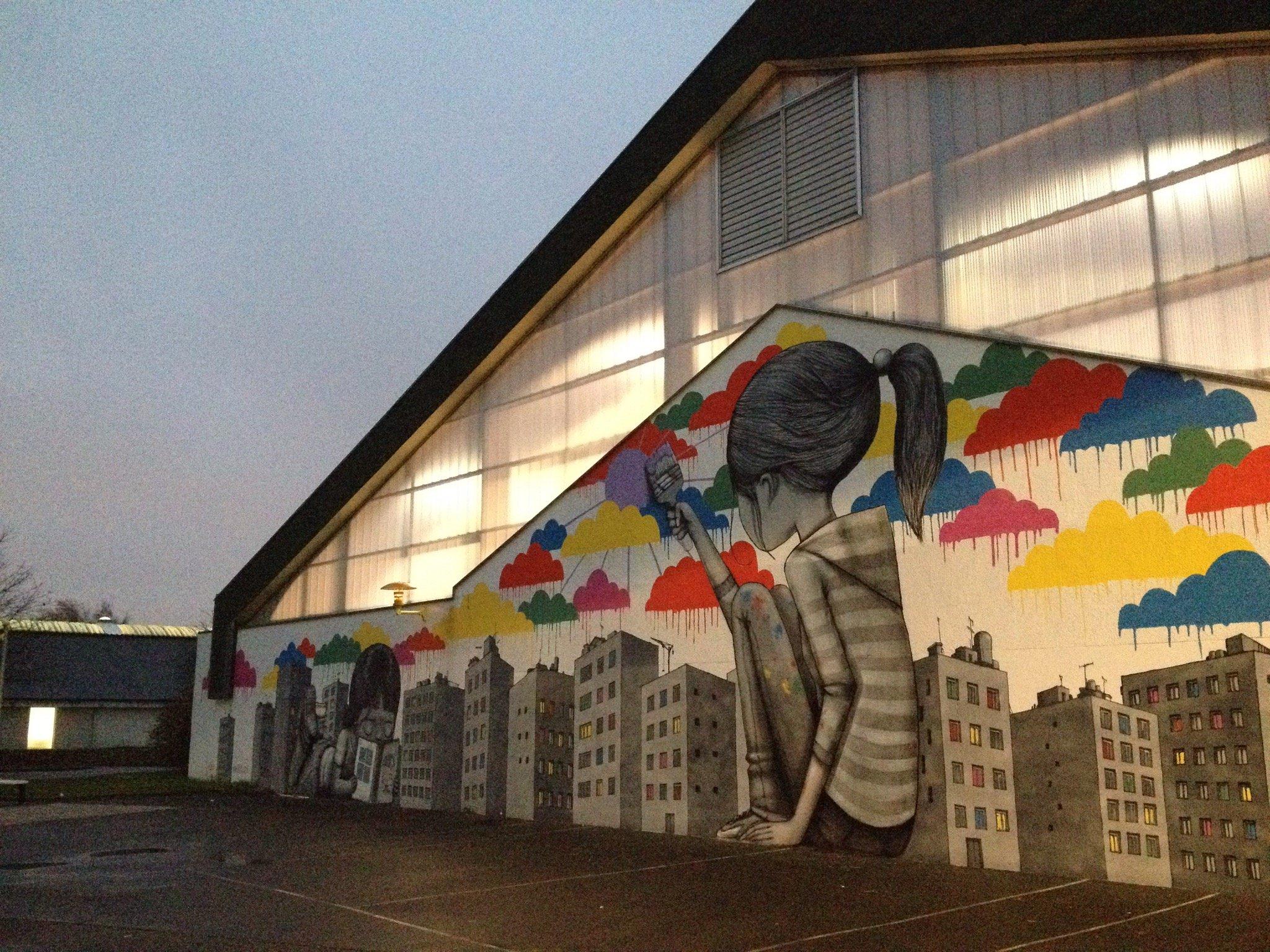 Peinture sur les murs du Collège André Chêne de Fleury 14