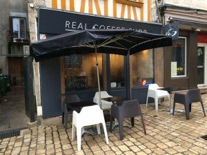 Le Real coffee shop : pari gagnant entre café et rhums délicieux ! 4