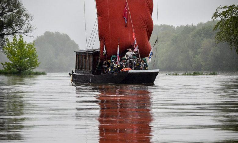 Jeanne d'Arc 2015 a traversé la Loire ce matin 1