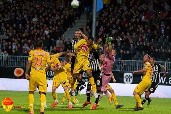L'USO reste en Ligue 2 si ... 5
