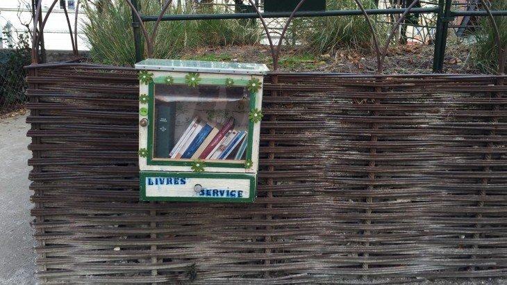 Trouvez une bo te lire pr s de chez vous pour info orl ans - Fabriquer une boite a lire ...