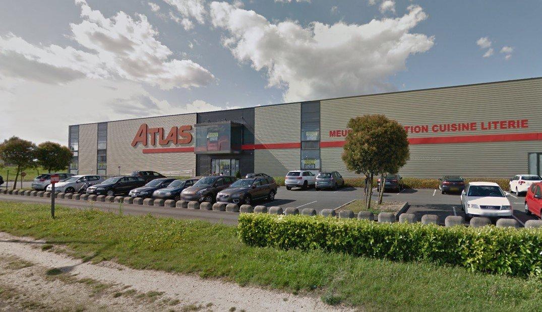 LIDL devrait succéder au magasin Atlas de Saint-Jean de la Ruelle 2