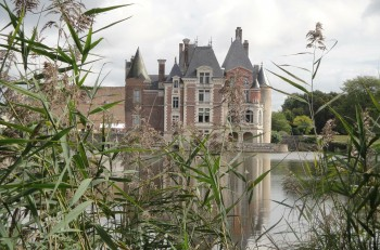 Chateau de la Bustière via Dany Bernardin