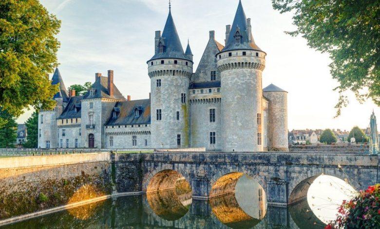Découvrir le charmant Château de Sully-sur-Loire 1