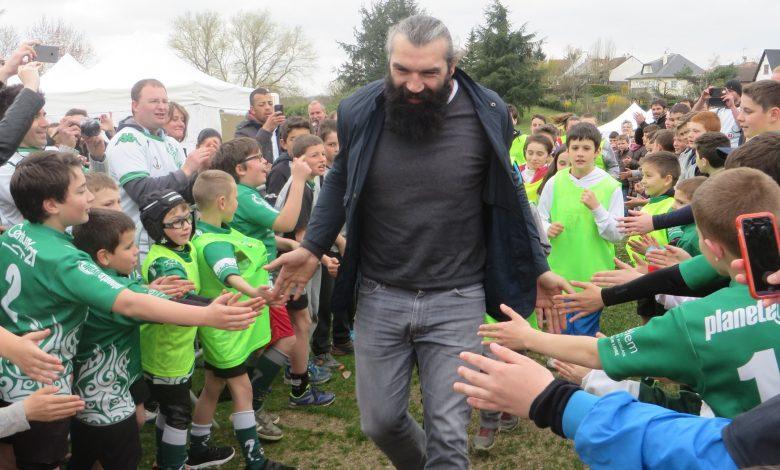Sébastien Chabal inaugure le Parc Multisports de Saint-Denis de l'hôtel 1
