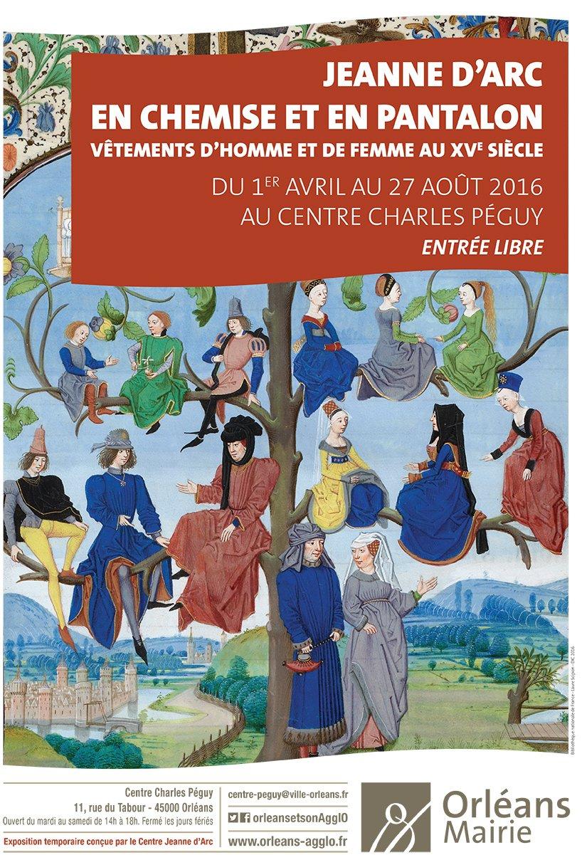 Jeanne d'Arc s'expose en chemise et en pantalon. 13
