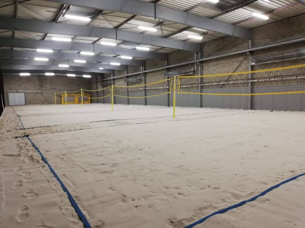 Beach Volley intérieur à Orléans, c'est possible chez Beach Valley ! 6