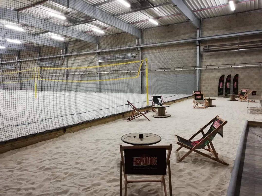 Beach Volley intérieur à Orléans, c'est possible chez Beach Valley ! 2