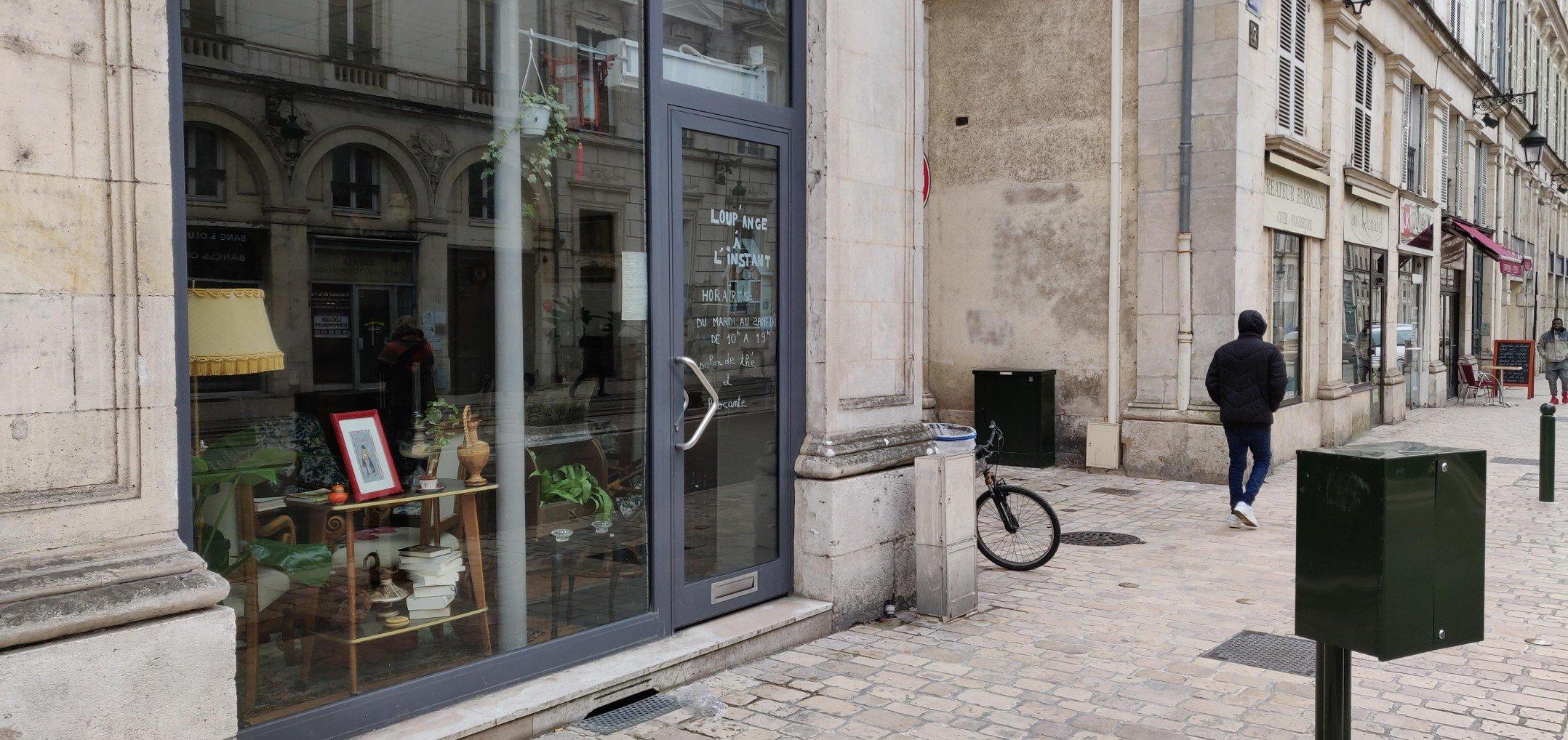 Découvrez cet étonnant Café Brocante au cœur d'Orléans 7