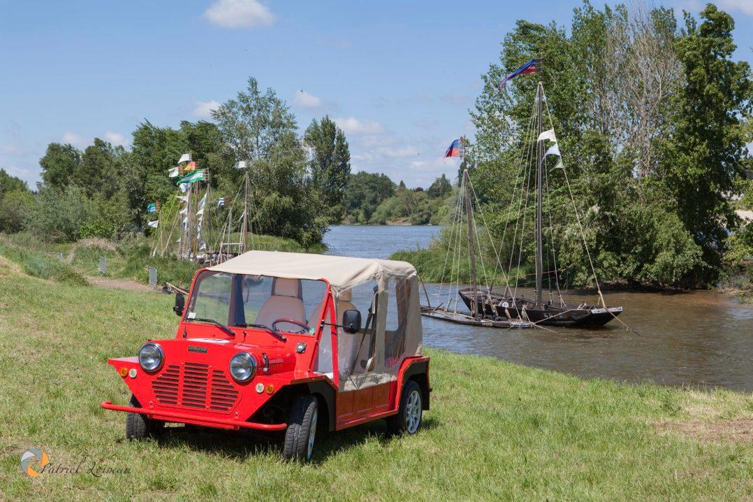 Découvrir le Loiret en Mini Moke et Solex électriques grâce à Motrecity 14