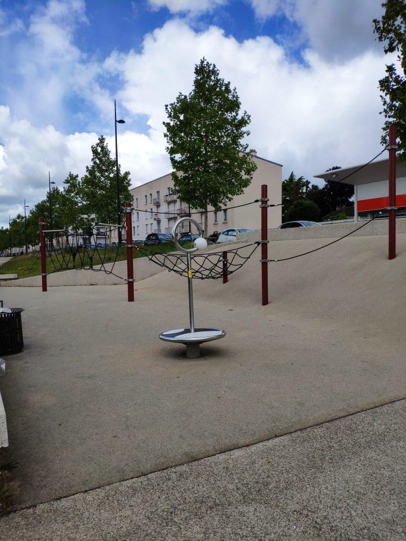 Carte: où trouver les meilleures aires de jeux pour enfants à Orléans ? 17