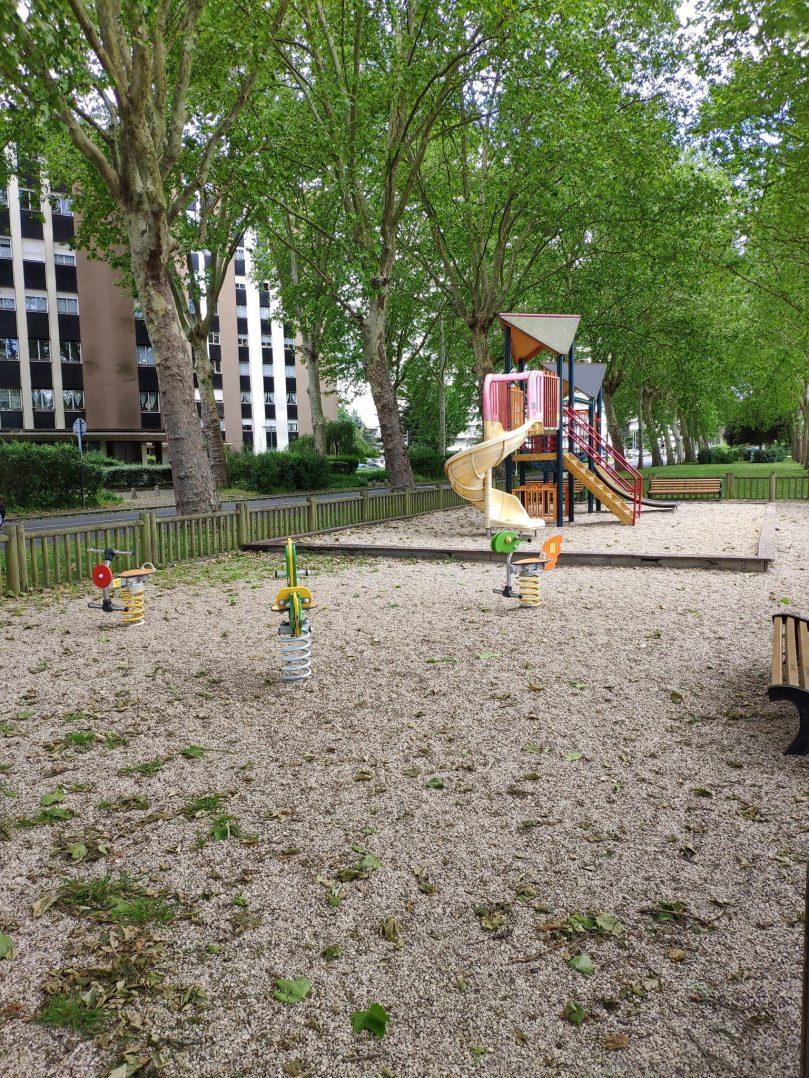 Carte: où trouver les meilleures aires de jeux pour enfants à Orléans ? 53