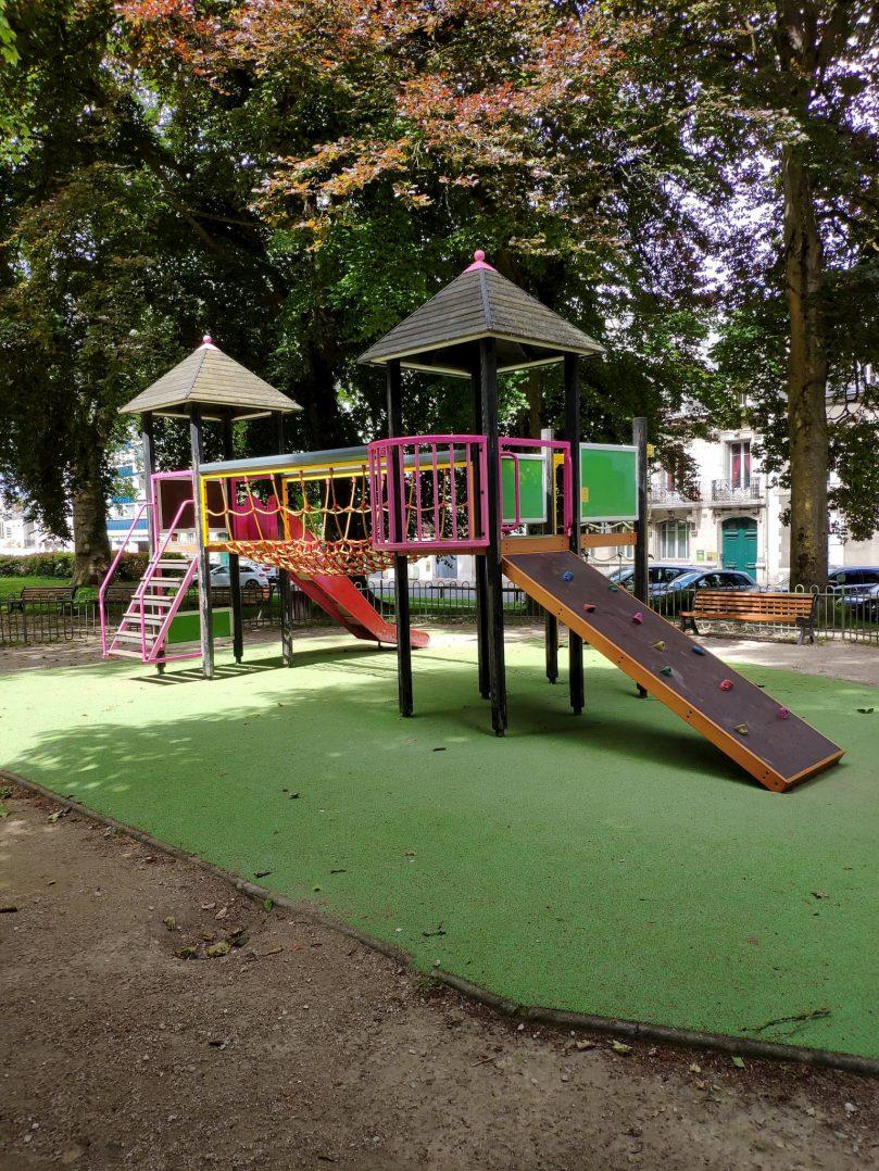 Carte: où trouver les meilleures aires de jeux pour enfants à Orléans ? 49