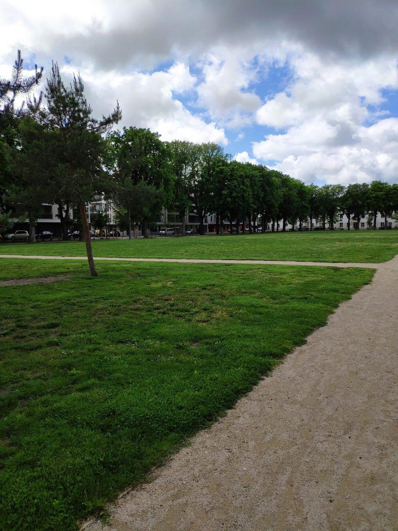 Carte: où trouver les meilleures aires de jeux pour enfants à Orléans ? 42