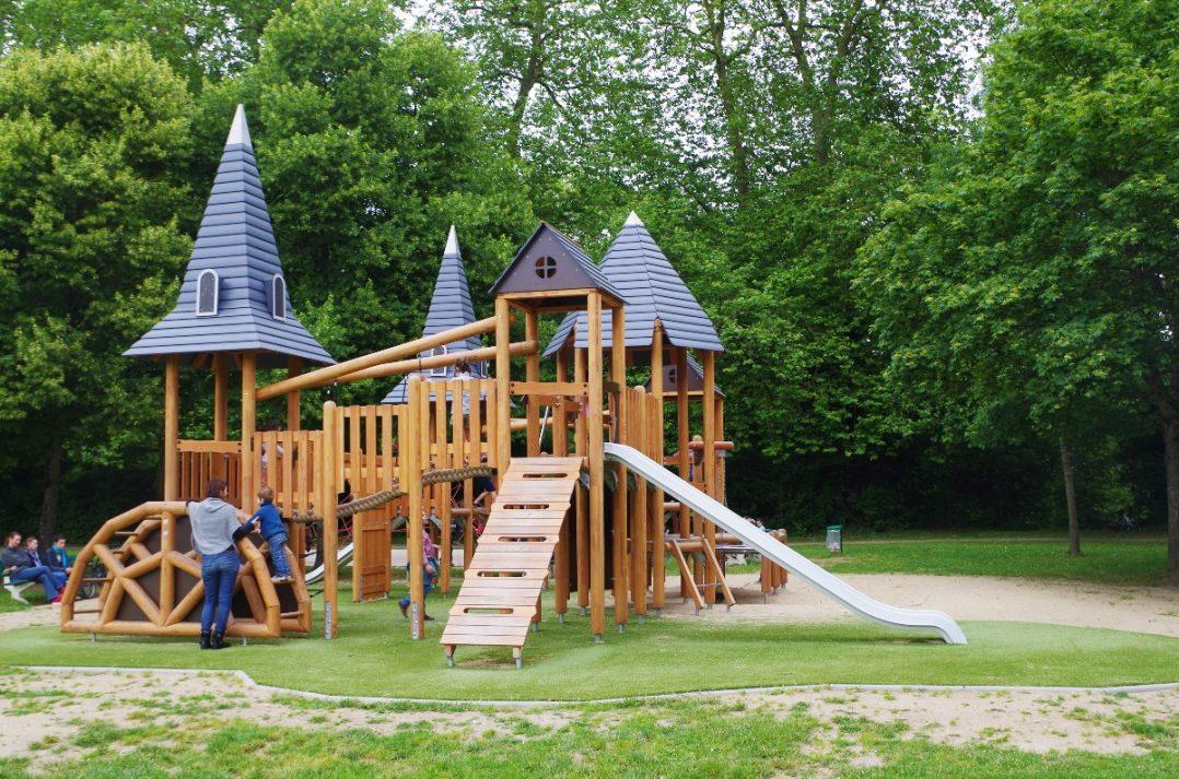 Carte: où trouver les meilleures aires de jeux pour enfants à Orléans ? 23