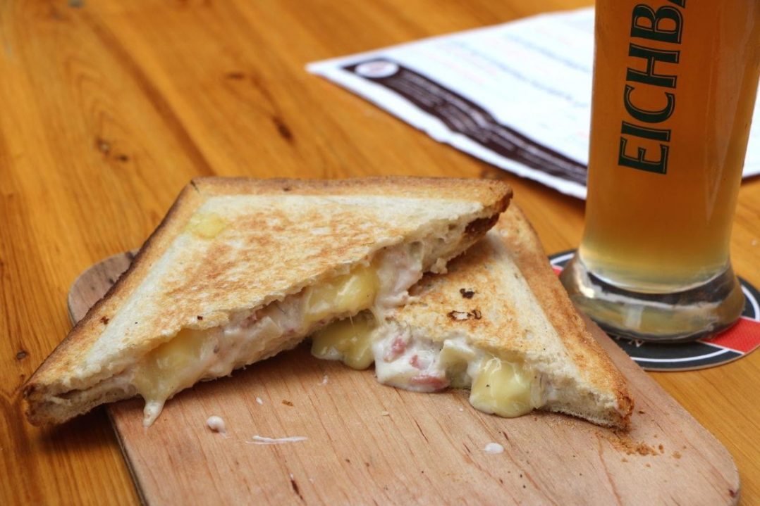 Le Croque Bedaine, un bar à bières et croques arrive sur Orléans ! 29