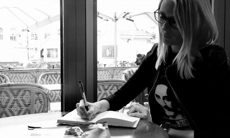 Rencontre avec Jenni Potd, une auteure locale 1
