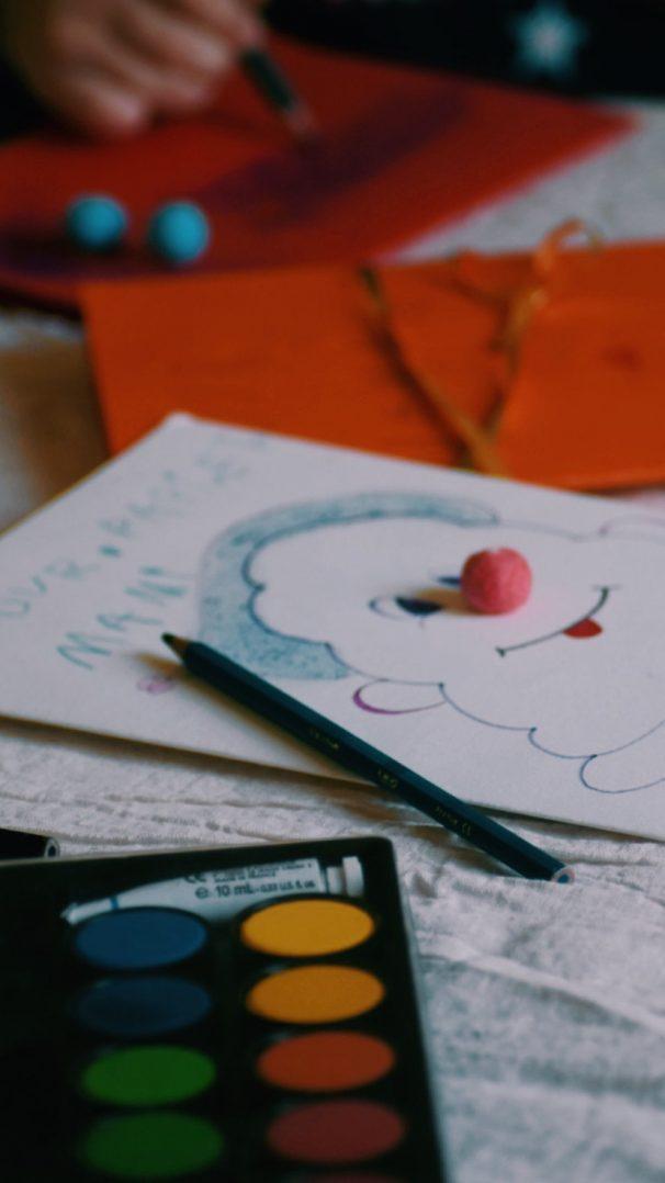 Un jour, une activité : cartes pour les proches 4
