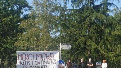 Photo de Hommage populaire à Michel Ricoud