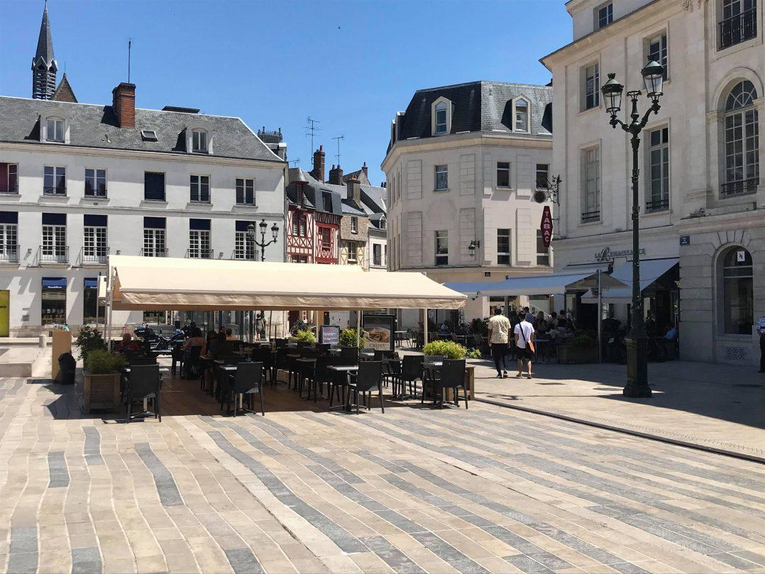 Les Orléanais renouent avec les restaurants et les bars 30