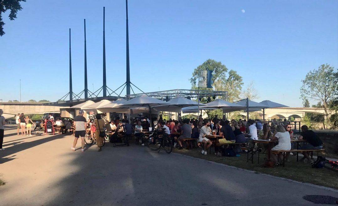 Les Orléanais renouent avec les restaurants et les bars 31
