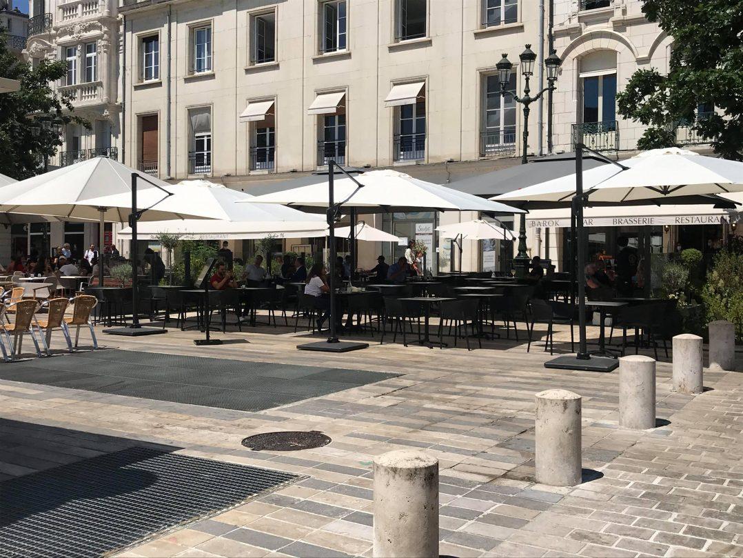 Les Orléanais renouent avec les restaurants et les bars 25