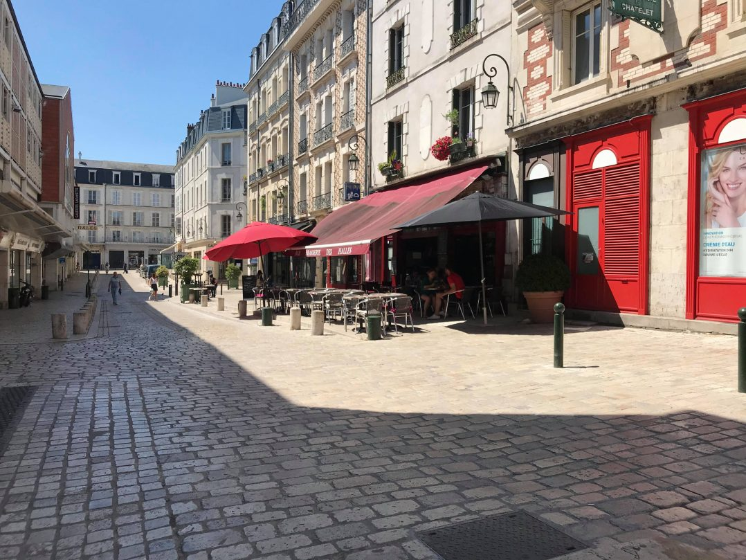 Les Orléanais renouent avec les restaurants et les bars 16
