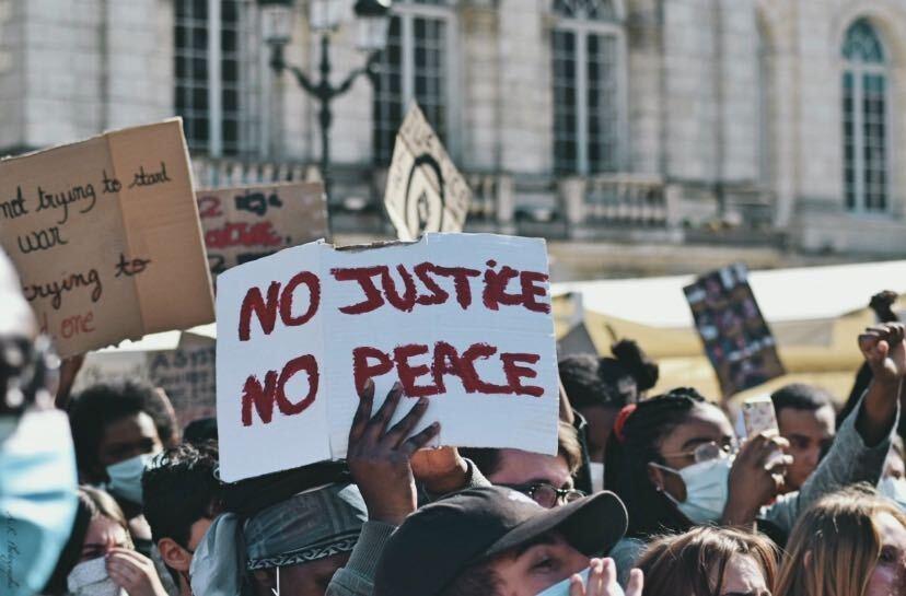 Black Lives Matter : retour en images sur le rassemblement orléanais 15