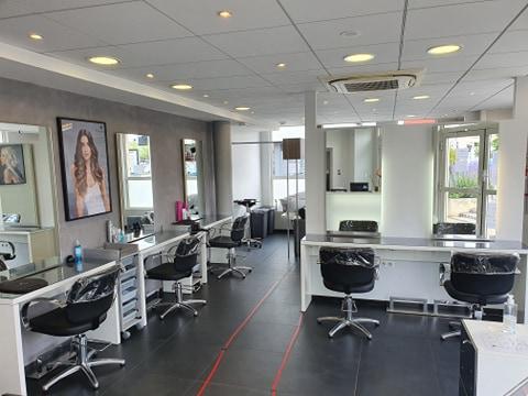 Un nouveau salon de coiffure à Fleury-les-Aubrais 3