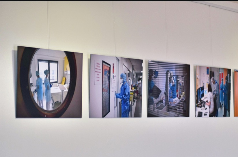 COVID-19 : Trois expositions consacrées aux personnels soignants. 8