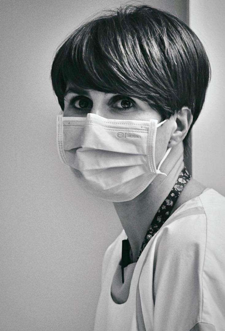 COVID-19 : Trois expositions consacrées aux personnels soignants. 11