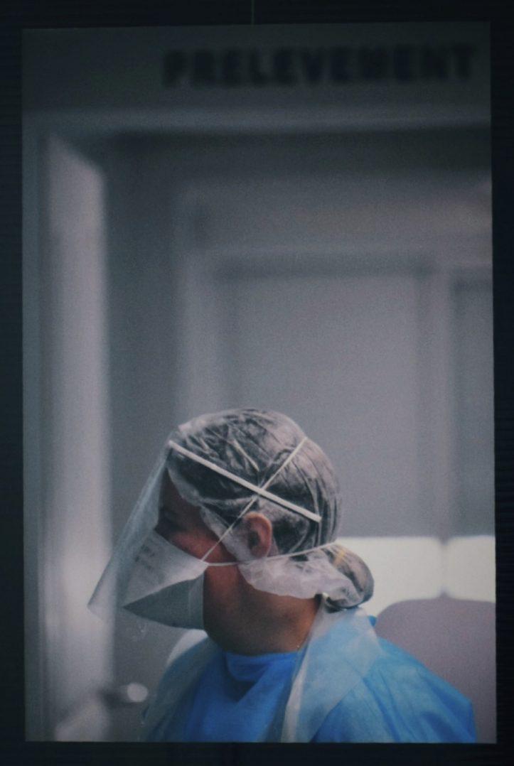 COVID-19 : Trois expositions consacrées aux personnels soignants. 10