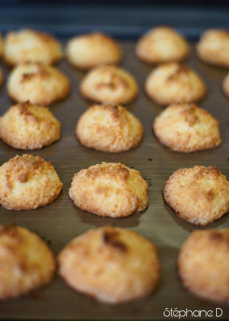 Pour le goûter ou en dessert :  Rochers à la noix de coco et crème au chocolat 3