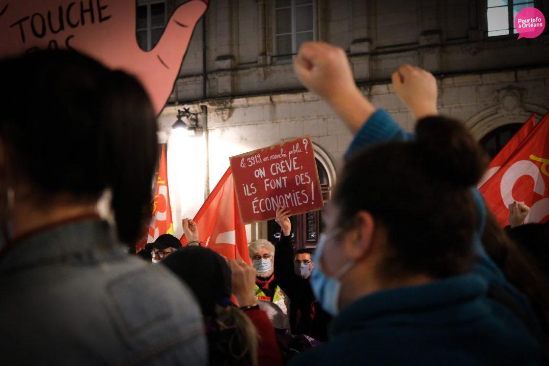 Un rassemblement contre les violences à l'égard des femmes 15