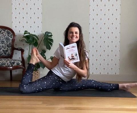 """Une yogi Orléanaise sort son livre, """"Yoga super simple"""". 1"""