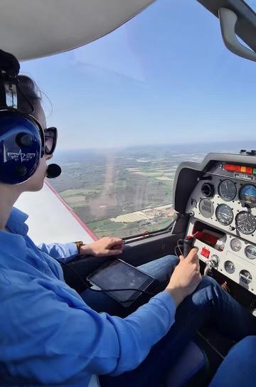 Rencontre avec Léna Guibert, pilote de ligne à en devenir 2